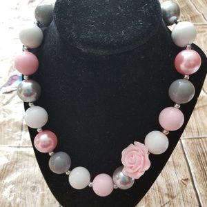 New Bubble Gum Bead Necklace Gray Pink